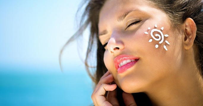 EltaMD UV Facial Broad-Spectrum SPF 30+ Review: Is it a scam?